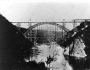 L'apertura del ponte risale al 1889