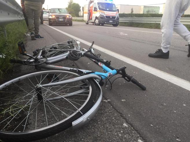 «Sono sul tratto di strada più brutto». Il messaggio audiodel 15enne ucciso da un'autoIl punto pericoloso per le bici