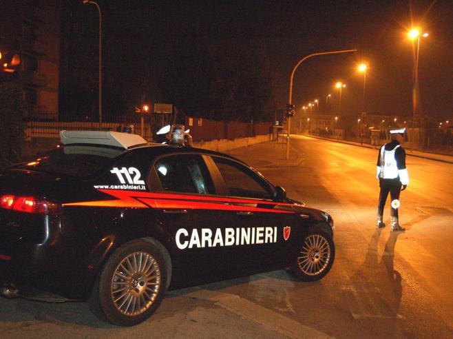 Carabiniere travolto  a posto di blocco: arrestato  investitore Video