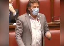Legge Zan contro l'omofobia, quando il leghista Invernizzi ironizzava alla Camera